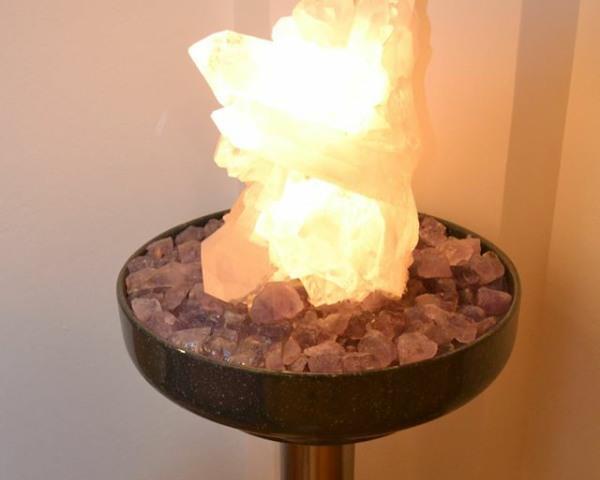 Zimmerbrunnen mit Stein