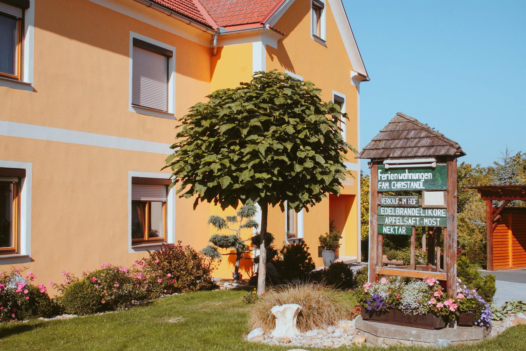 Obsthof Christandl-Aussenansicht