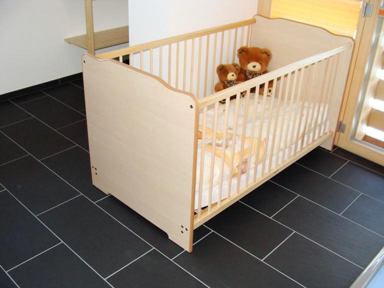 burn alte strasse 2 zimmerwohnung. Black Bedroom Furniture Sets. Home Design Ideas