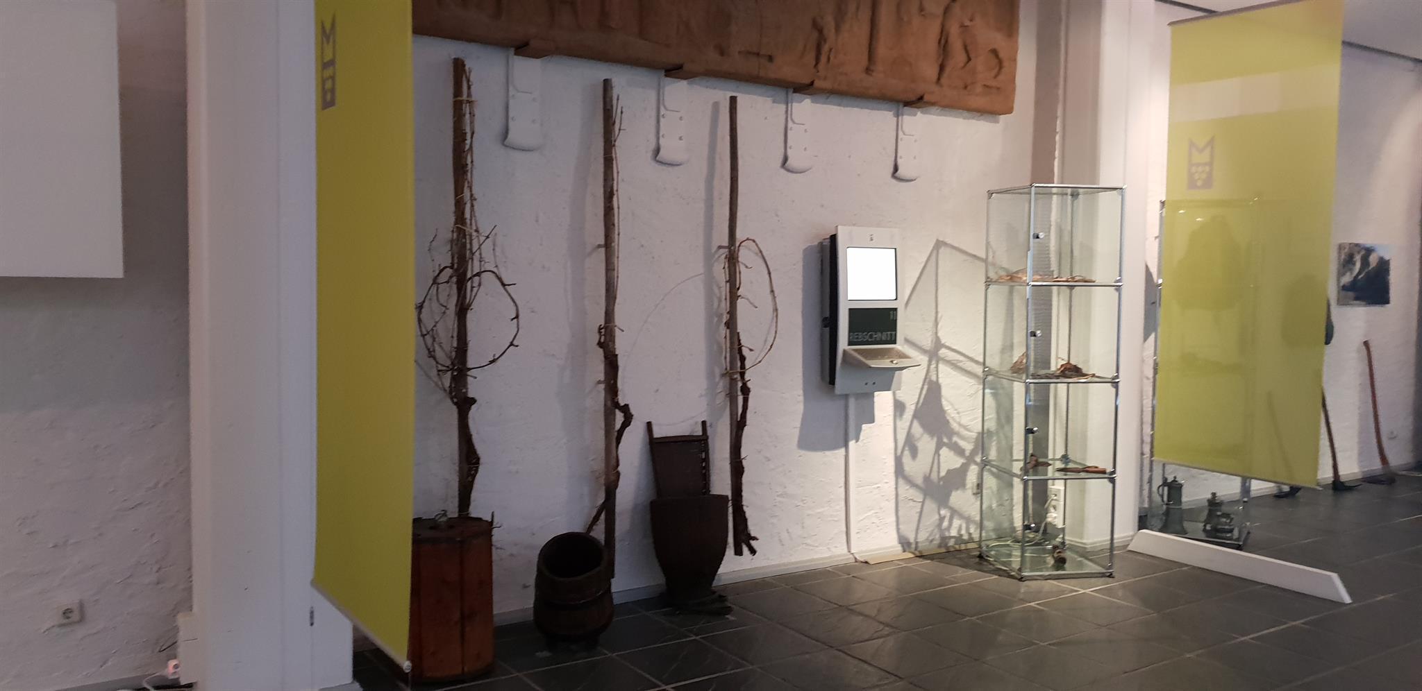 Ausstellungsstücke im Weinmuseum