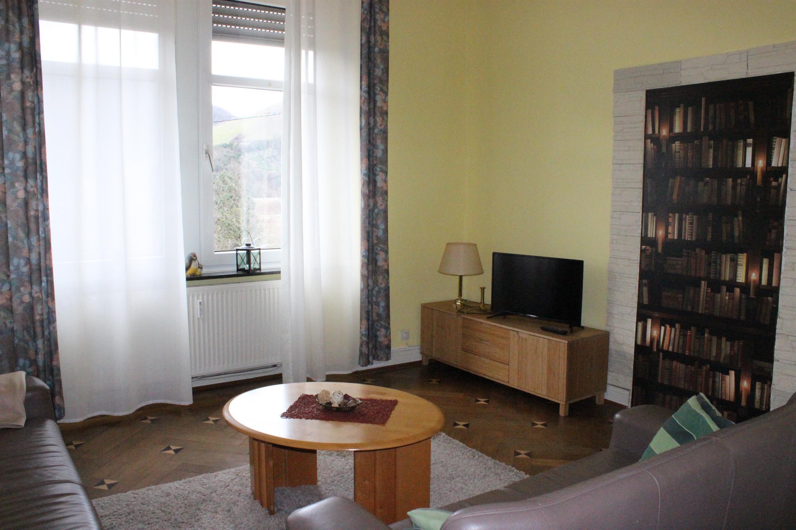 Wohnzimmer/Suite mit Moselblick