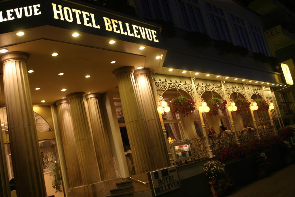 Bellevue_front_Nacht