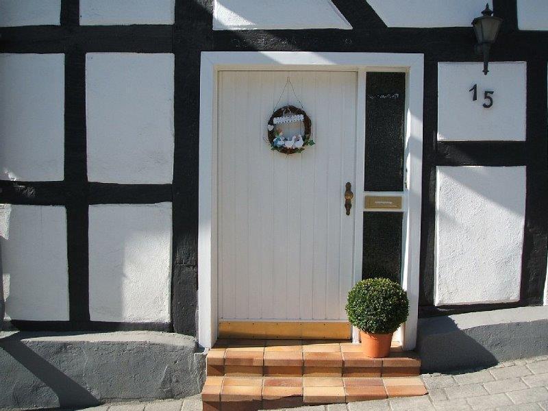 Eingang Haus , @ Bert Lohmer