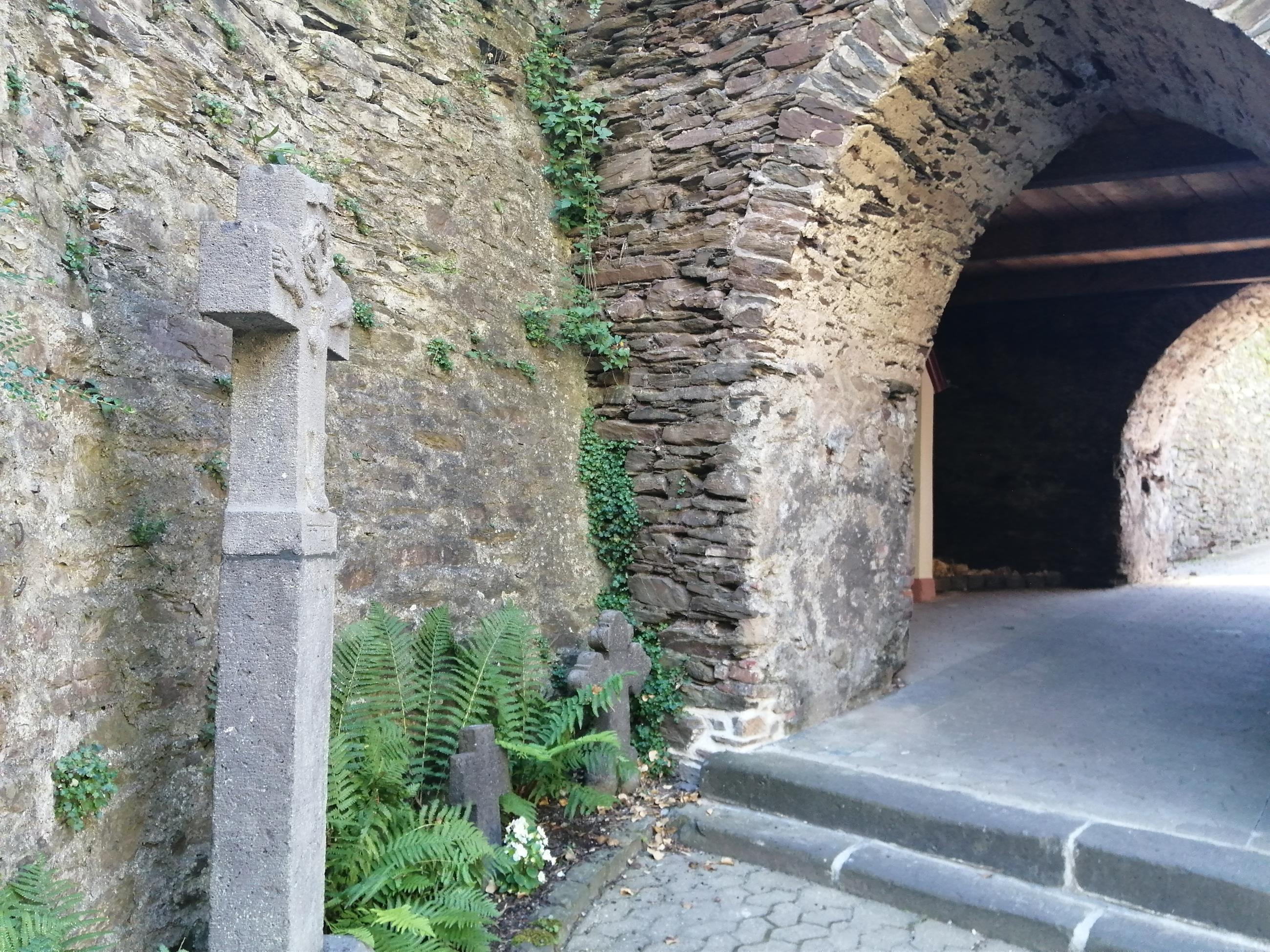 Eingang Viereckiger Turm