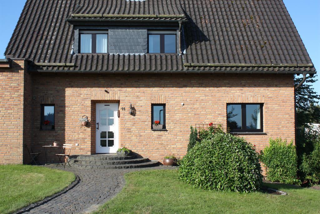 Ansicht Gästehaus Birgit, @ B. Koll