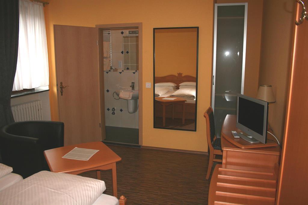 Zimmer 16 - 6