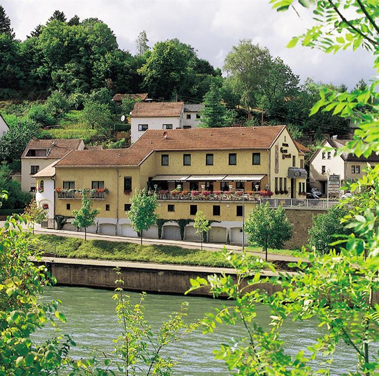 Das Haus am Fluss