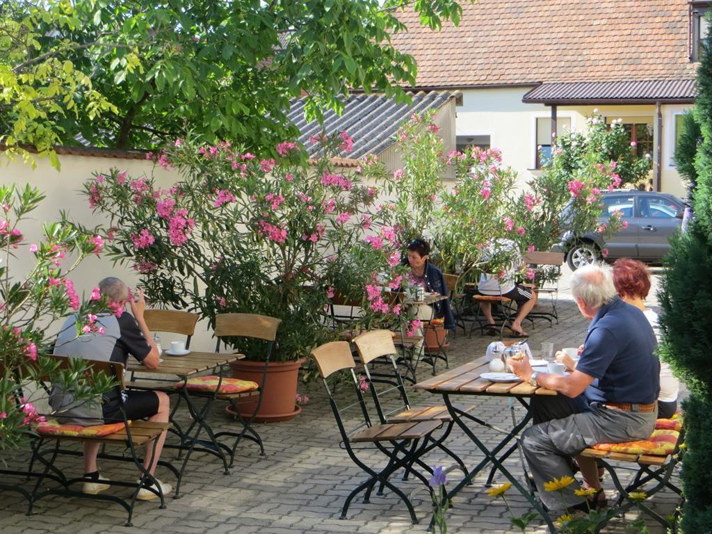 Holiday apartment Gästehaus Elfriede Apartment/2 Schlafräume/Dusche, WC (618039), Mörbisch am See, Lake Neusiedl, Burgenland, Austria, picture 2