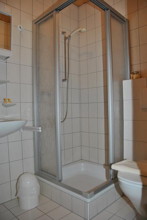 Ferienwohnung Haus Heidi Appartement/Fewo, Dusche, WC, 2 Schlafräume (2552574), Wald am Arlberg, Arlberg, Vorarlberg, Österreich, Bild 10