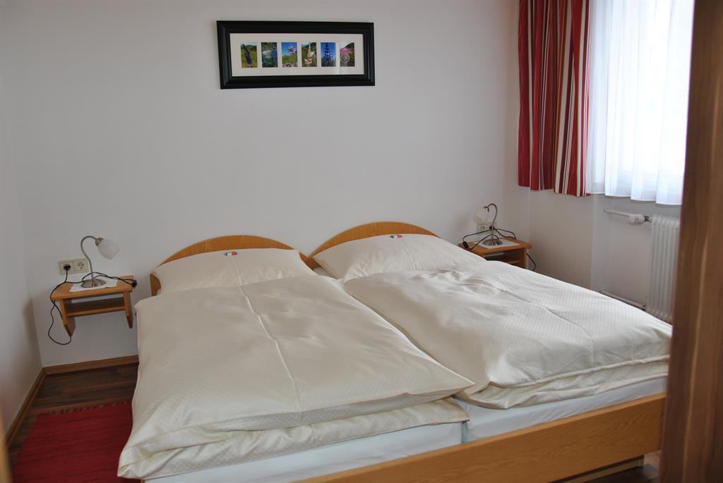Ferienwohnung Haus Heidi Appartement/Fewo, Dusche, WC, 2 Schlafräume (2552574), Wald am Arlberg, Arlberg, Vorarlberg, Österreich, Bild 7