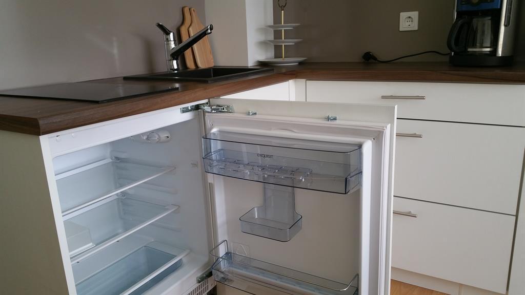 Kühlschrank Neu : Ferienappartement sandwigstraße ferienappartement sandwigstraße