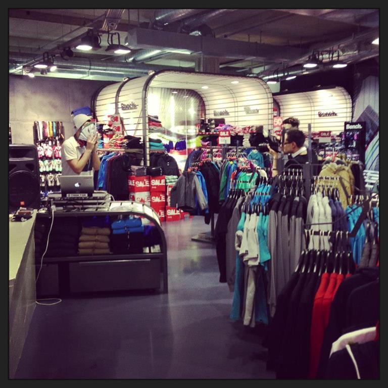 BENCH Store - Kaufhaus Tyrol