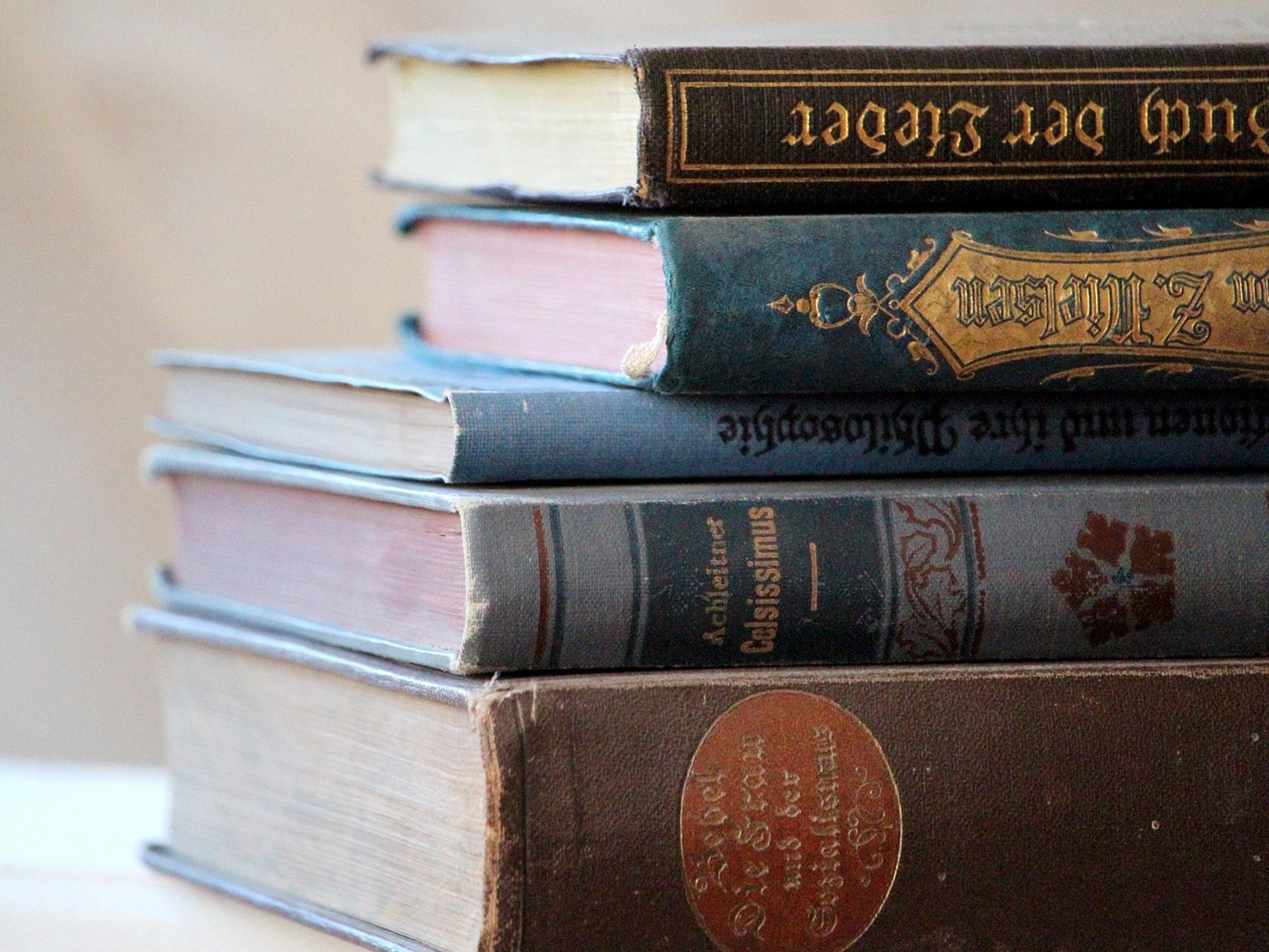 Literaturanalyse 1 - Rechts und Links