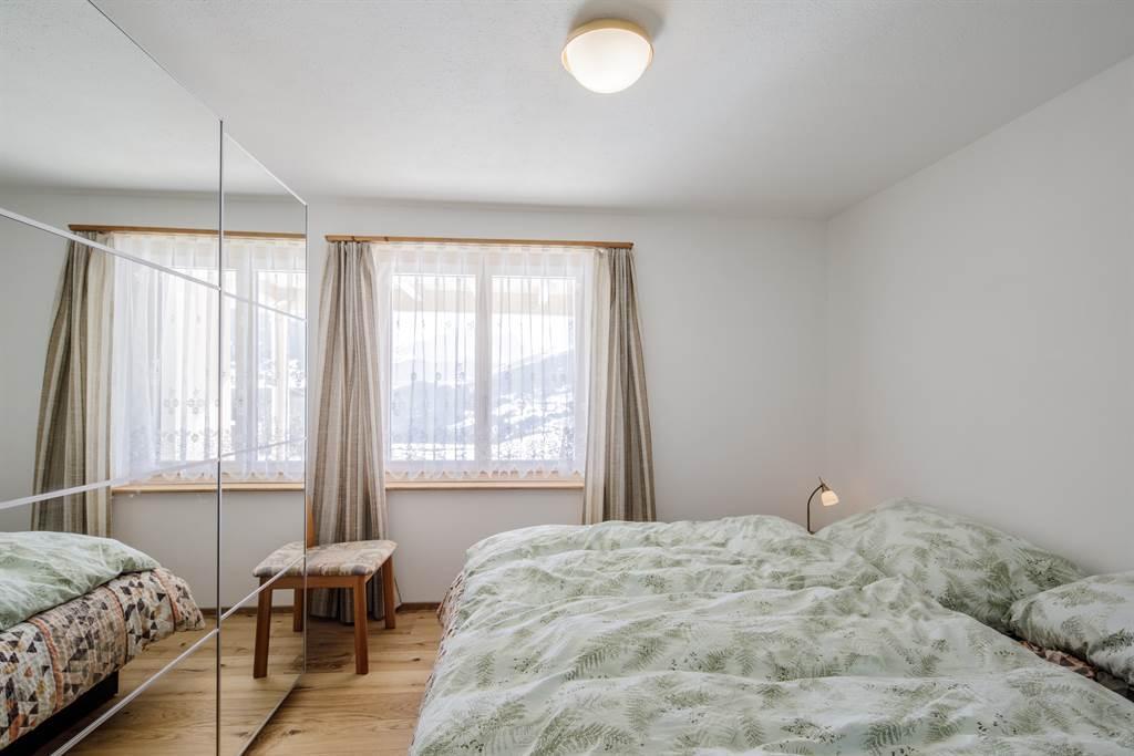Schlafzimmer Len Design guarda val müller 2 bettwohnung 2 5 zimmerwohnung erlenstube