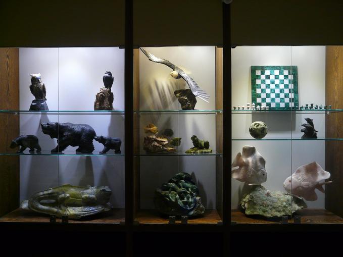 Vitrine, @ Edelsteinmuseum