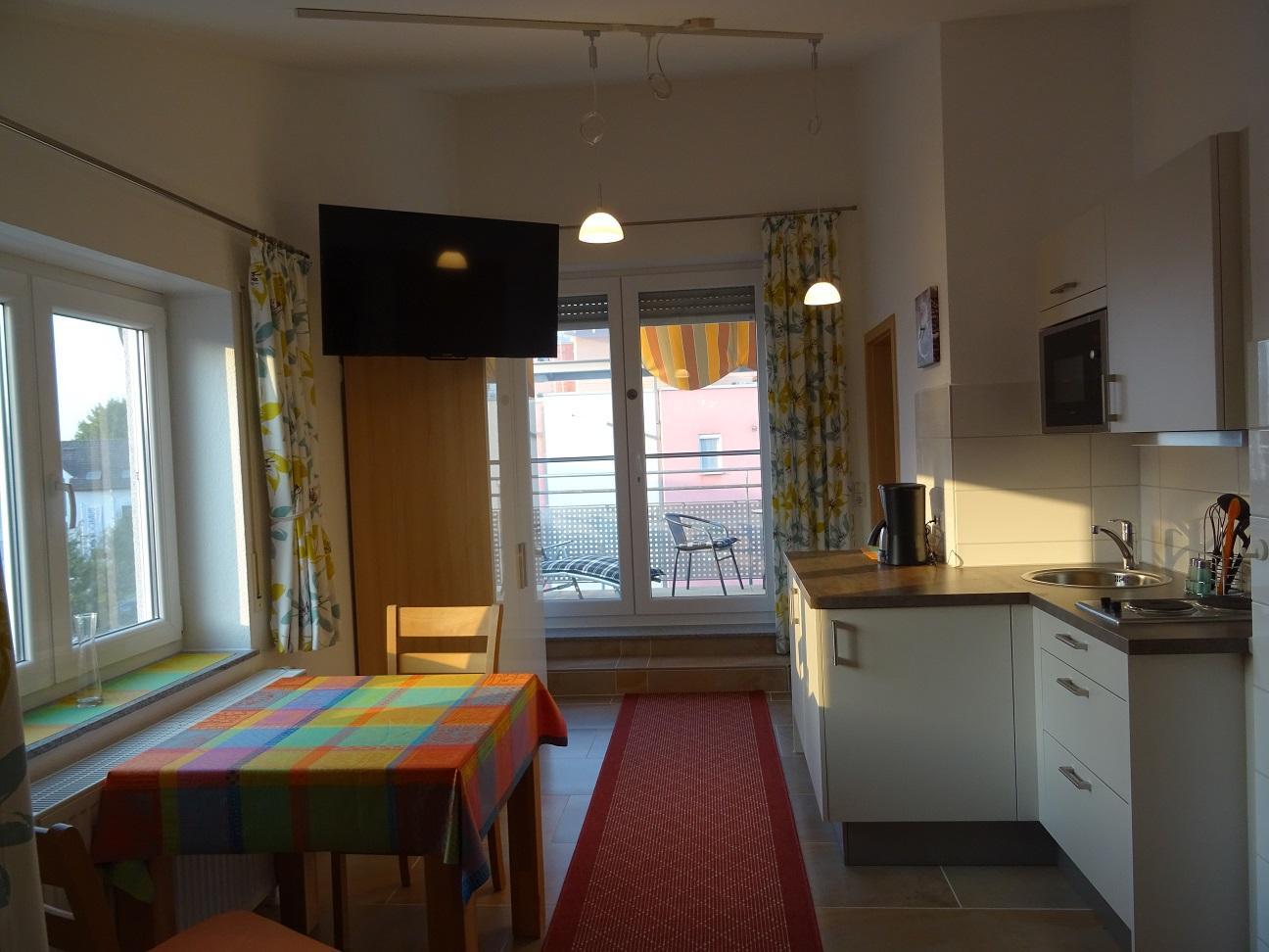 modischer Stil günstig kostengünstig Ferienwohnungen Kainz Apartment, shower and bath, toilet, 1 ...
