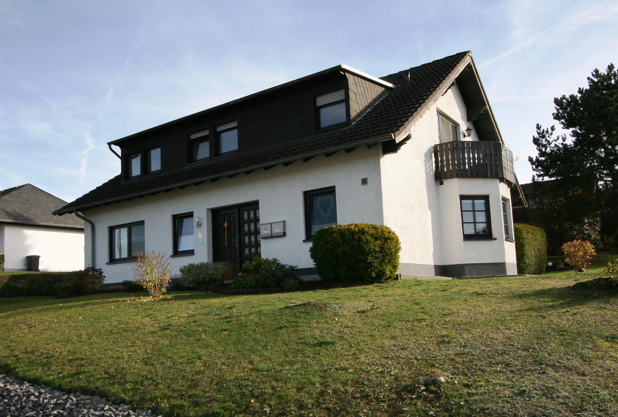 Ferienwohnung Munterleyblick 4-Bett-Fewo, Dusche u Ferienwohnung in der Eifel