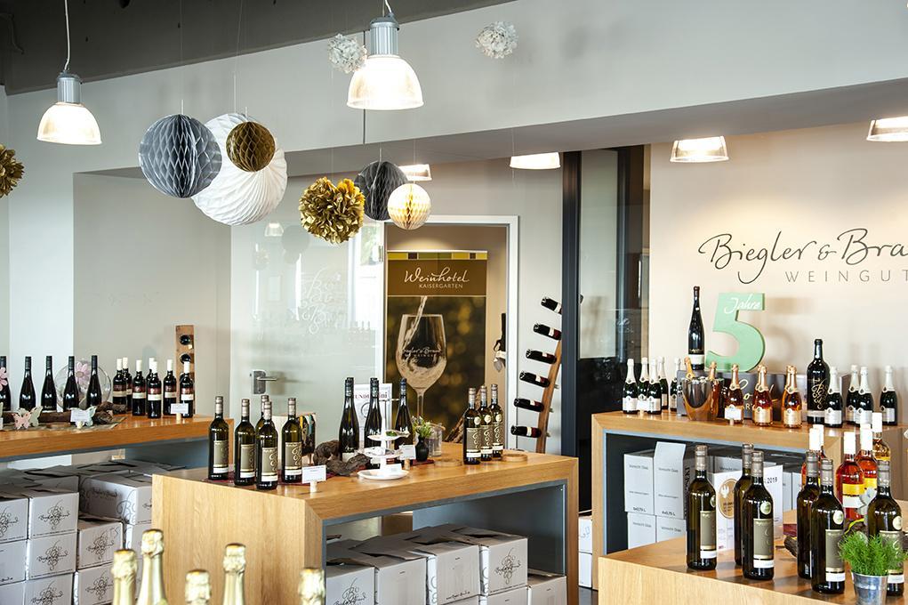 Vinothek im Weinhotel