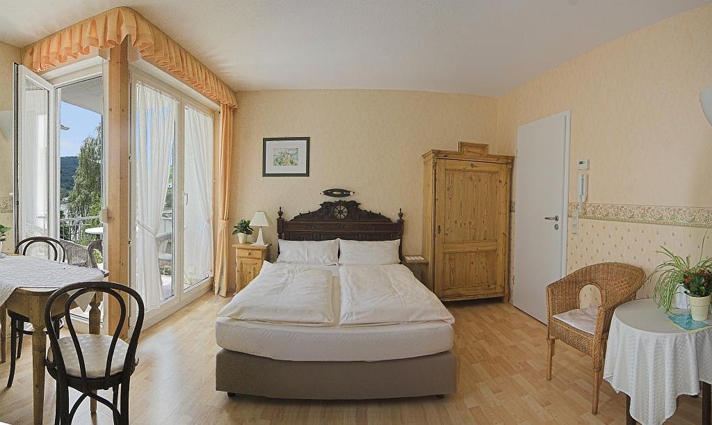 ferienwohnung bullay 2 personen deutschland rheinland pfalz 26976. Black Bedroom Furniture Sets. Home Design Ideas