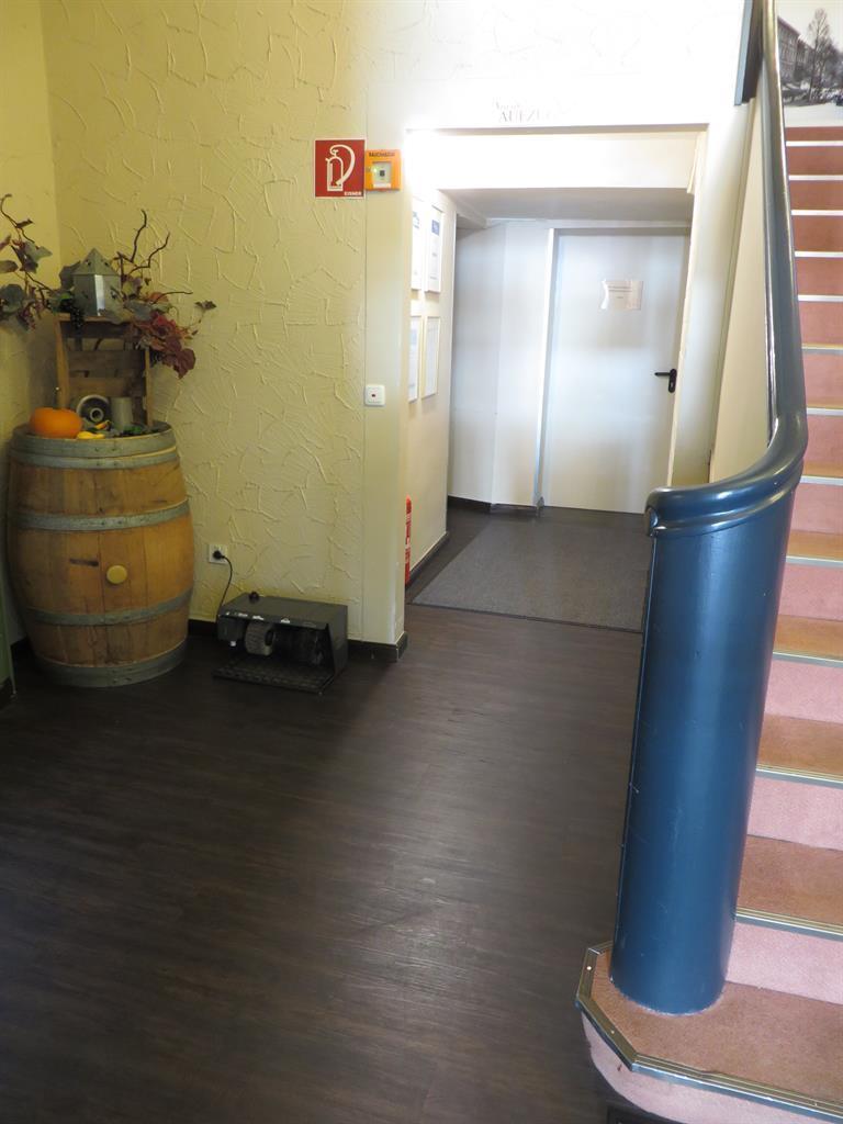 Zugang Fahrstuhl EG