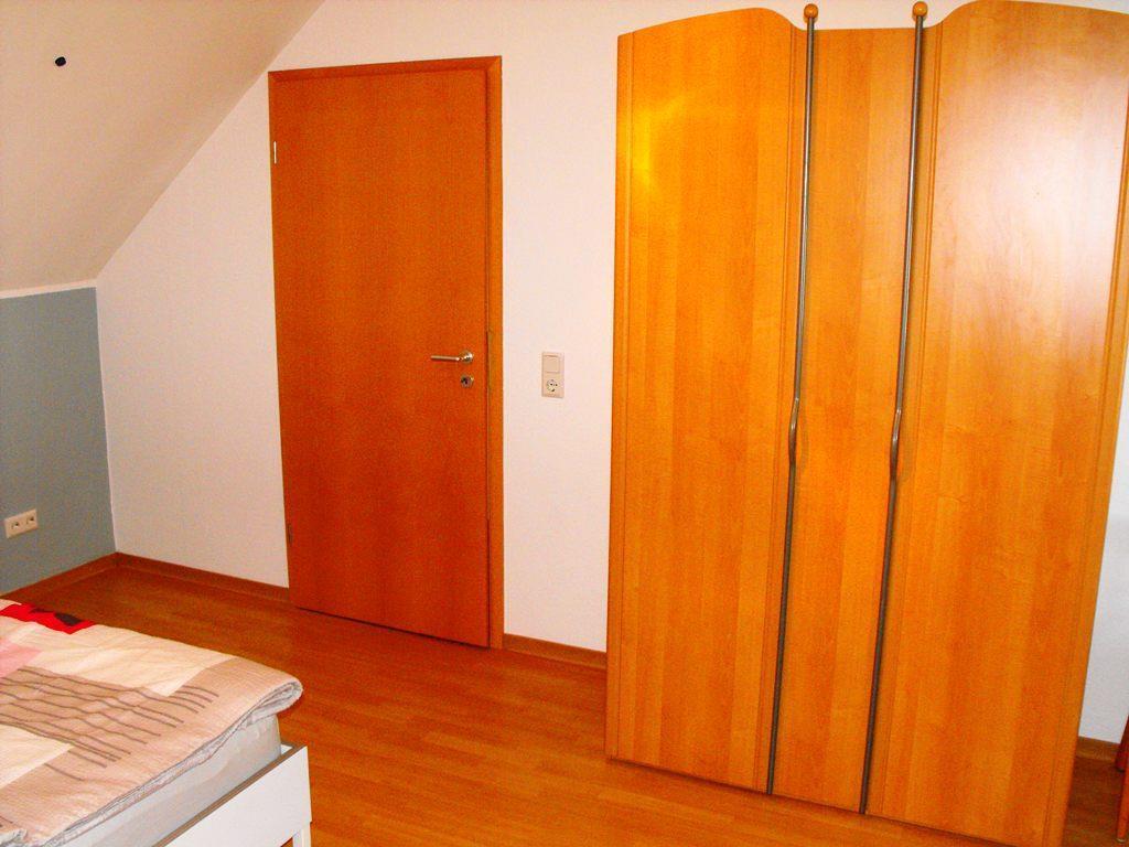 Schlafzimmer, groß IV