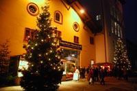 Halleiner Weihnachtsmarkt auf der Pernerinsel