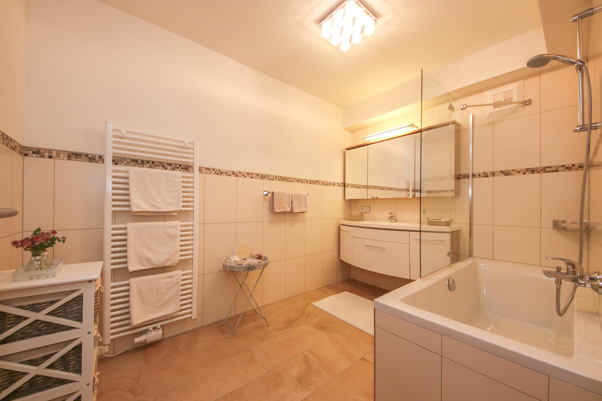 Holiday apartment Appartement Auszeit Appartement/Fewo, Dusche und Bad, WC, 2 Schlafräum (1916116), Saalfelden am Steinernen Meer, Pinzgau, Salzburg, Austria, picture 73