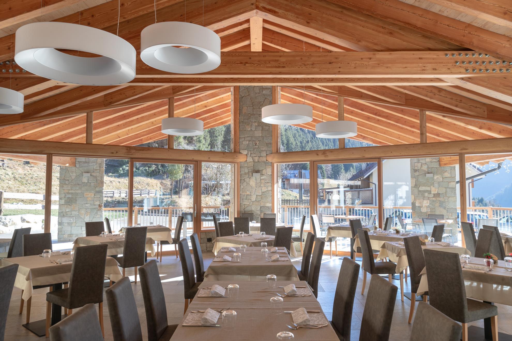 sala da pranzo_hotelaurai