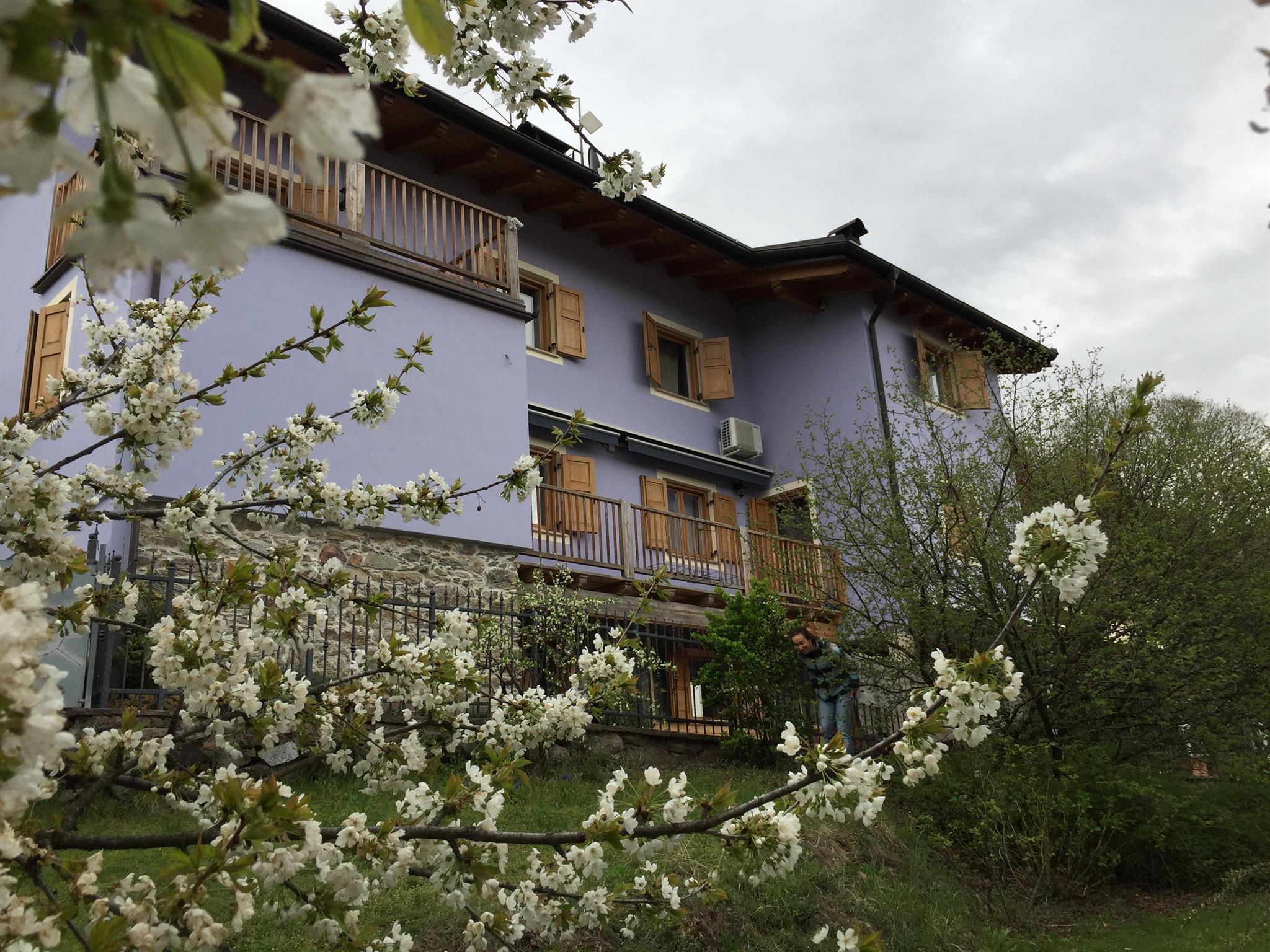 Esterno estate Al Castel Charme