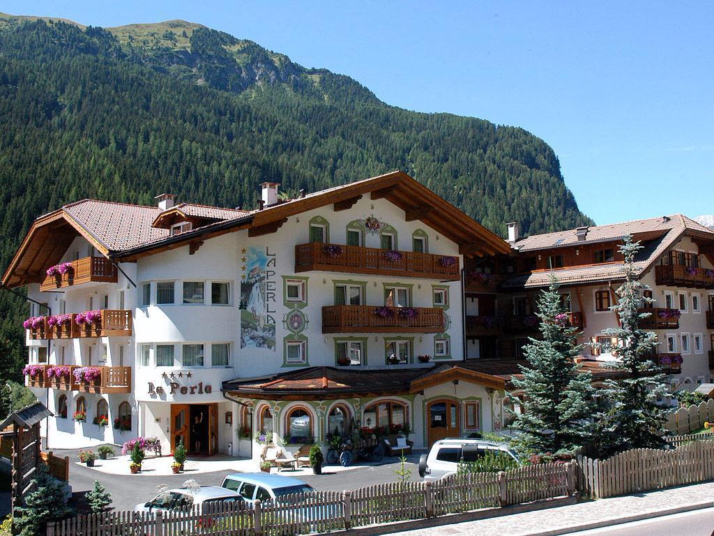 Hotel La Perla Canazei Val di Fassa Trentino Dolomites