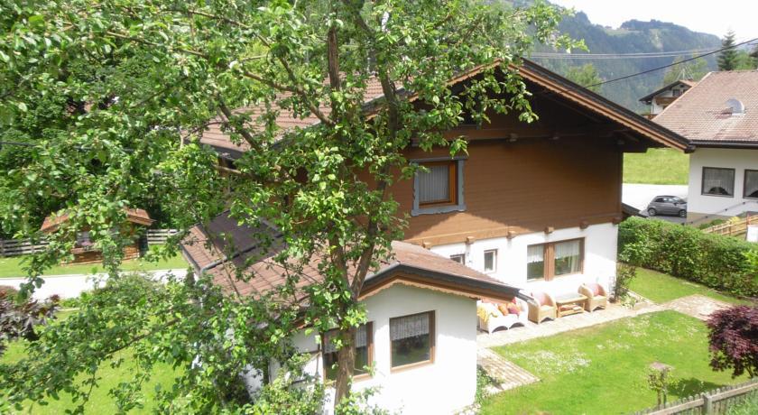 Ferienhaus Traudl im Sommer