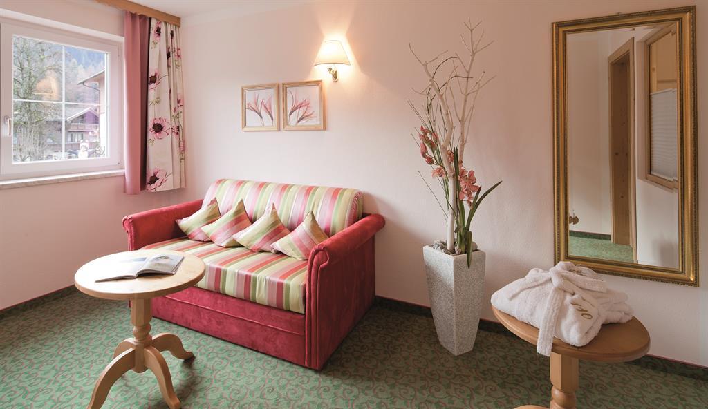 Wohnzimmer Hotel Eberl
