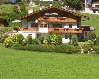 Landhaus Maria im Sommer