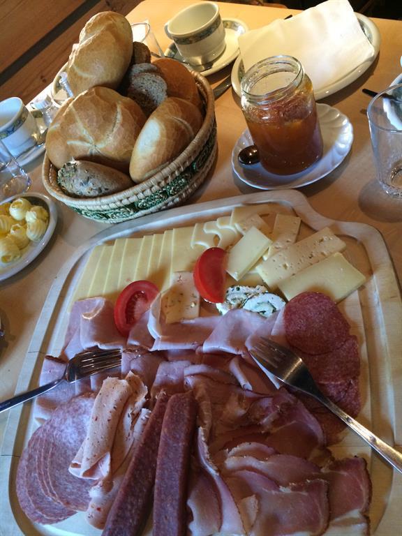 Almfrühstück 2