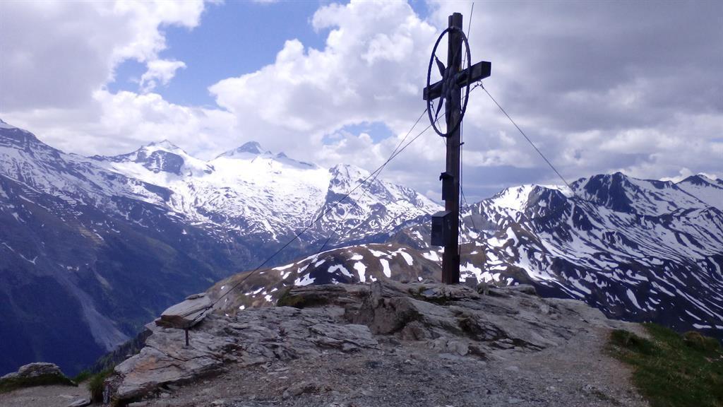 Gruebelspitze Tux mit Gletscher